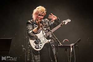 Jennifer Batten band